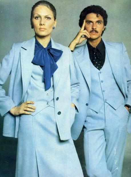 Татьяна Чапыгина демонстрирует одежду в «Журнале мод»