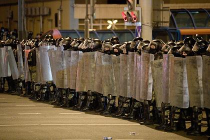 Перечислено вооружение белорусских силовиков для подавления протестов
