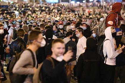 Штаб Тихановской призвал передать власть народу