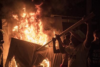 Власти Бейрута подсчитали ущерб от взрыва в порту