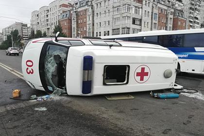 Рожающая россиянка перевернулась на скорой и доехала до роддома на другой машине