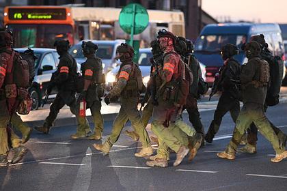 Белорусские силовики массово начали выбрасывать форму и стыдить сослуживцев