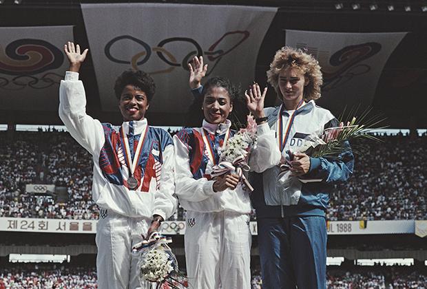 Олимпийские игры-1988, Сеул. Фло Джо в центре