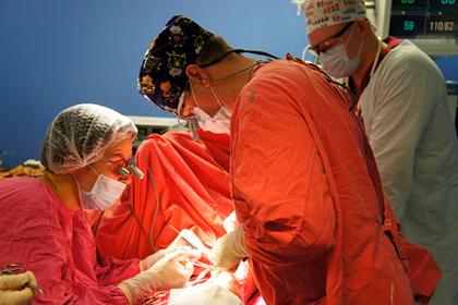 В больнице Екатеринбурга провели операции с использованием уникальных очков