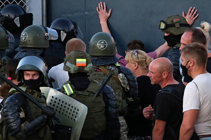 Евросоюз введет санкции против Белоруссии за нарушение прав человека