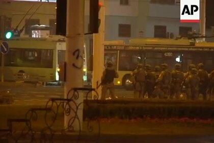 Опубликовано новое видео предполагаемого убийства белоруса силовиками