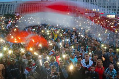 Лукашенко пообещал решить проблему с протестами в ближайшие дни