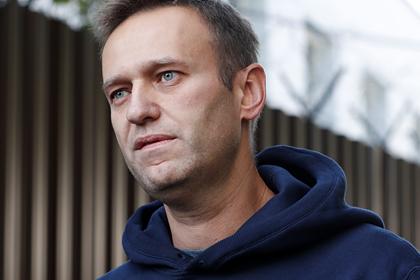 Стало известно осостоянии Навального после перелета вГерманию