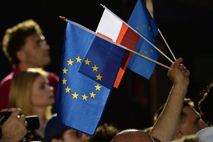 Шесть стран присоединились к санкциям ЕС против России из-за Крыма