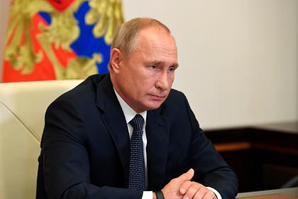 Путин обсудил запуск авиасообщения с другими странами