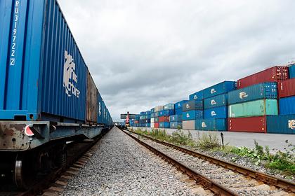 Мишустин утвердил правила субсидирования железнодорожных перевозок контейнеров