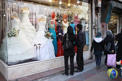Невеста отказала лучшей подруге в приглашении на свадьбу и объяснилась