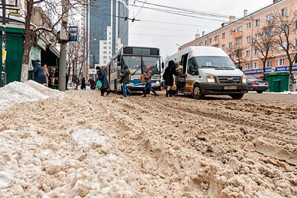 Жителей российского города обязали платить за дождь и снег