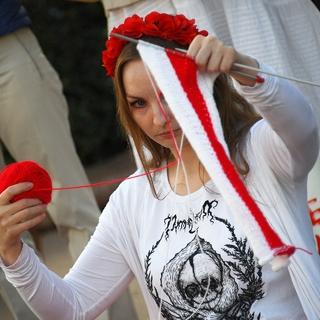 Участница акции протеста в Минске
