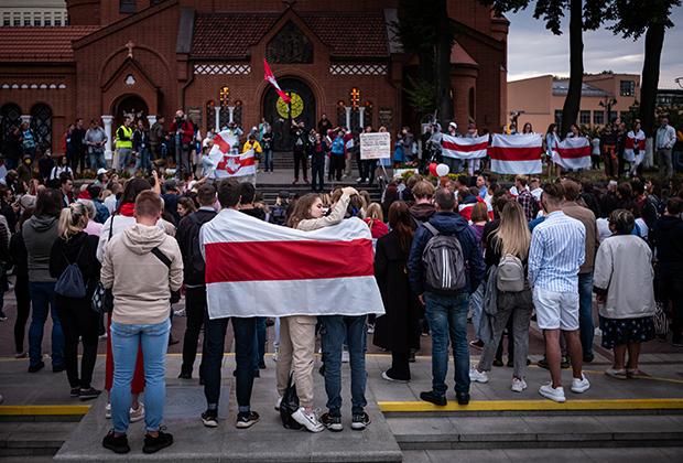 Площадь Независимости, 26 августа