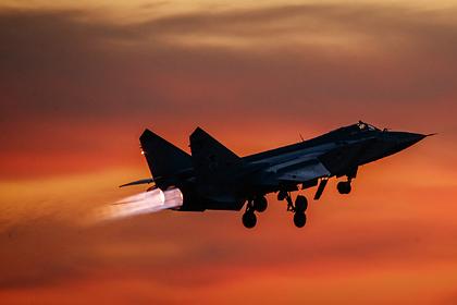 Российский МиГ-31вновь перехватил норвежский самолет над Баренцевым морем