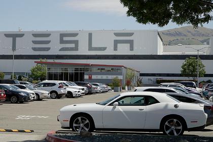 Tesla столкнулась ссерьезным препятствием