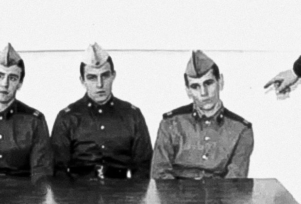 Сергей Ягмурджи (справа) на опознании