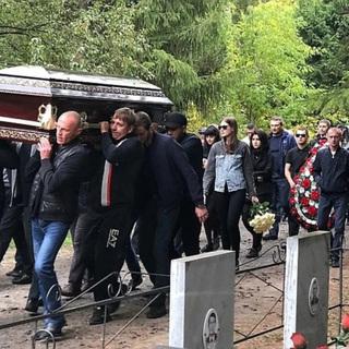 Похороны Владимира Зятькова