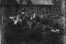 Танцы возле немецкой комендатуры. Украина, 1941 год.