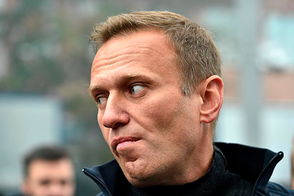 Познер констатировал безразличие Запада к Навальному