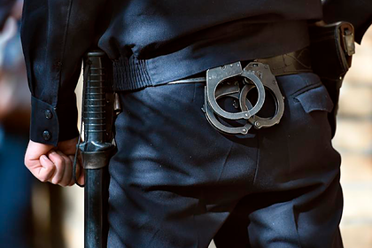 Подполковника МВД отдали под суд заизбитого иоплеванного задержанного