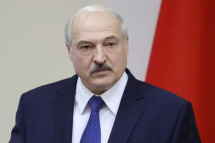 Лукашенко освободил отдолжности илишил ранга посла Белоруссии вЛатвии
