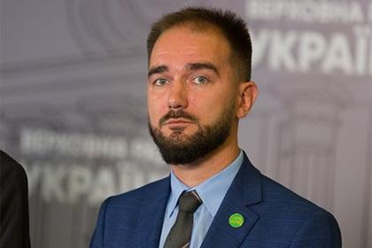Депутат от партии Зеленского оказался судим за кражу четырех бутылок пива