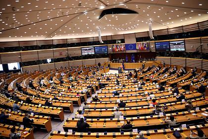 Европарламент потребовал ужесточить санкции против России из-за Навального