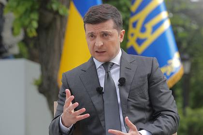 Зеленский назвал стратегическим курсом Украины вступление в НАТО