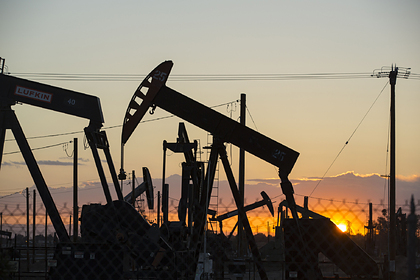 Ураган в США поднял цены на нефть