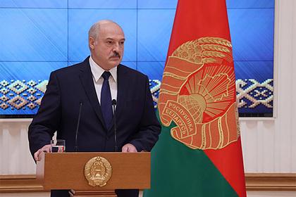 Лукашенко прокомментировал женские протесты в Белоруссии