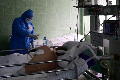 Коронавирус отнял у россиян до десяти лет жизни