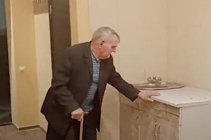 Ветеран войны остался без дома и восемь лет прожил в общежитии с тараканами