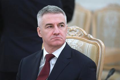 Российский губернатор посоветовал жалующимся на холод в квартире сделать ремонт