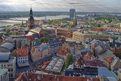Врач из Латвии похвастался отказом в помощи русскоговорящему