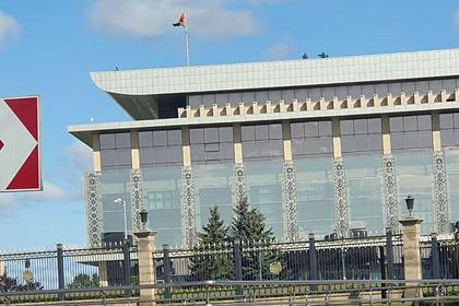 На крыше резиденции Лукашенко заметили снайперов