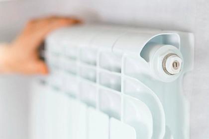 Воробьев поручил включить отопление в жилых домах Подмосковья