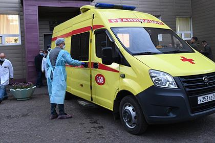 Навальный потребовал вернуть ему одежду из омской больницы