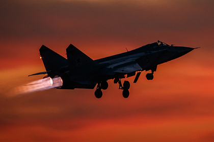 У границы России перехватили самолет-разведчик Британии