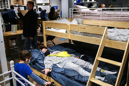 Мебельные компании попытались вернуть диваны в дома россиян