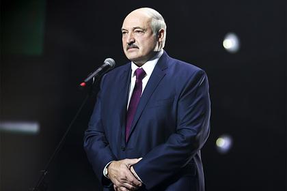 Лукашенко вспомнил об отечестве от Бреста до Владивостока