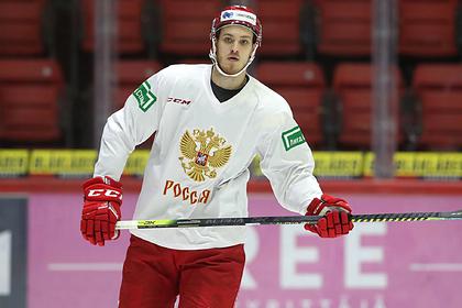 Хоккеист КХЛ избежал службы в армии за взятку