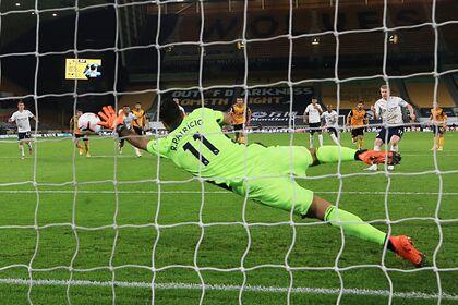 Сейв вратаря сборной Португалии признан лучшим в туре АПЛ