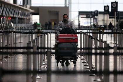 Авиапассажиры поделились секретами правильной упаковки чемодана