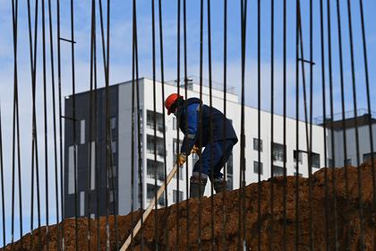 Россиянам отсоветовали спешить с покупкой жилья