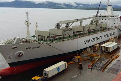Российский фрегат столкнулся с гражданским судном