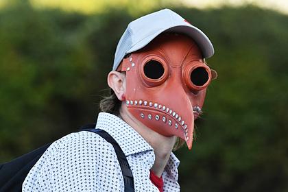 Роспотребнадзор назвал бесполезные в пандемию медицинские маски