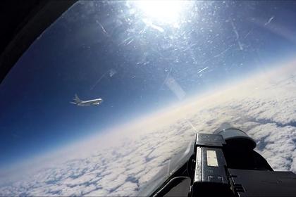 Российские истребители перехватили два бомбардировщика США над Черным морем