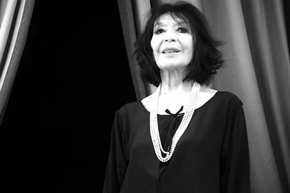 Умерла звездная певица послевоенной Франции Жюльетт Греко